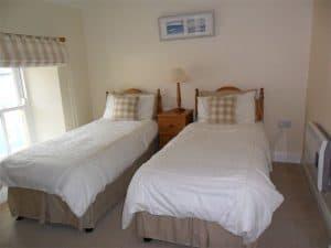 Twin Bed - Croi an Bhaile
